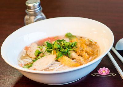 N01. Vegetarian rice noodle soup